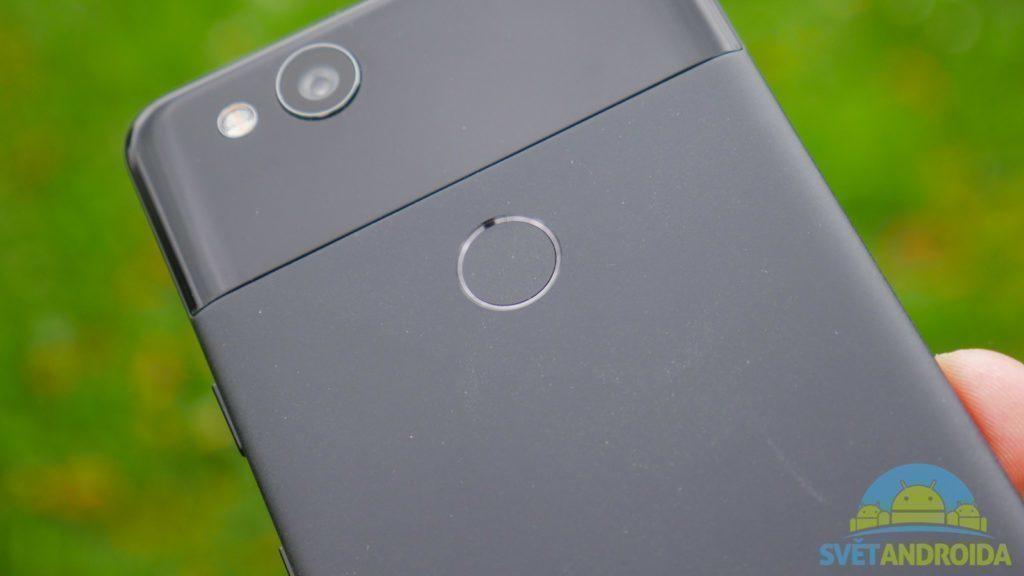 Telefon Google Pixel 2-konstrukce-ctecka otisku prstu