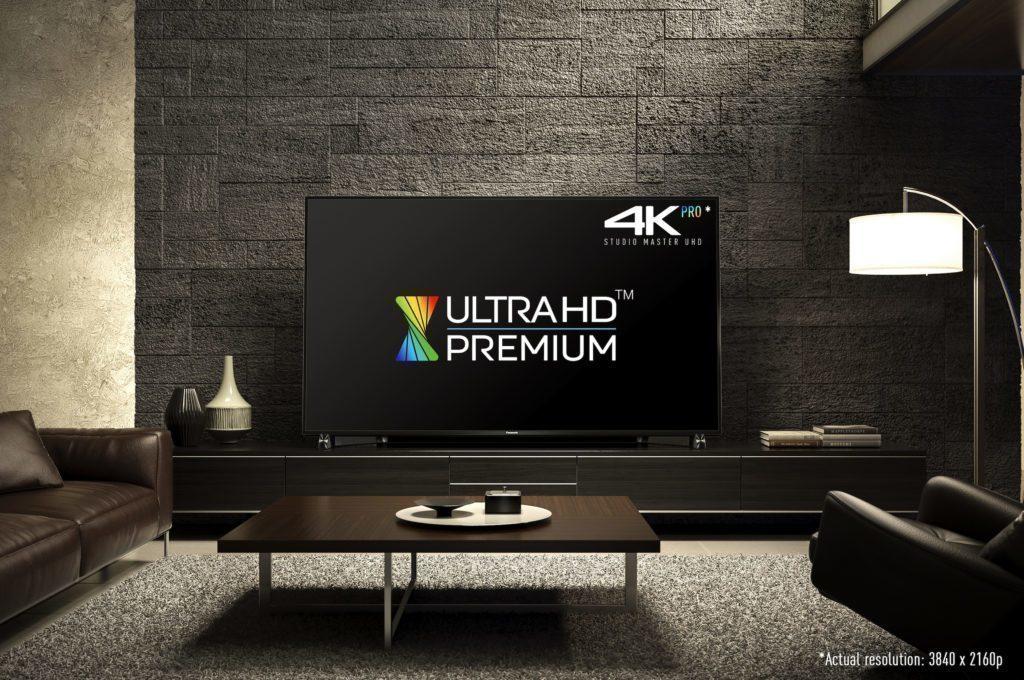 Televizor Panasonic DX900