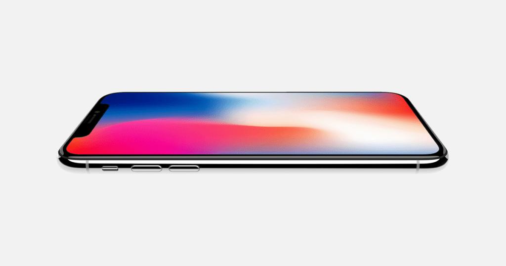 iPhone X přišel možná překvapivě s OLED obrazovkou