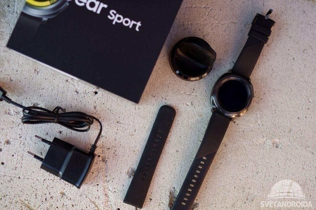 Samsung Gear Sport obsah balení