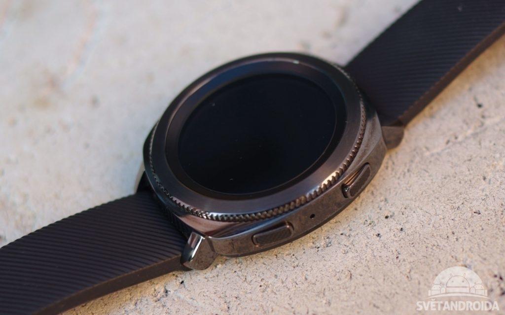 Samsung Gear Sport tlačítka