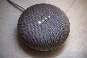 asistenta Google Home