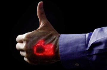Náhled do budoucnosti chytrých hodinek: Žádný řemínek a elektronická kůže