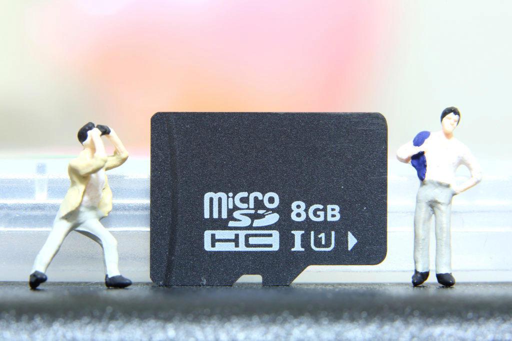 Máte v telefonu paměťovou kartu?