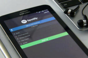 Pirátské verze Spotify