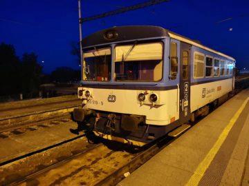 Huawei-P20-Pro-fotografie-nocni-vlak