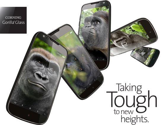 Ke špičce v odolných sklech patří Corning Gorilla Glass