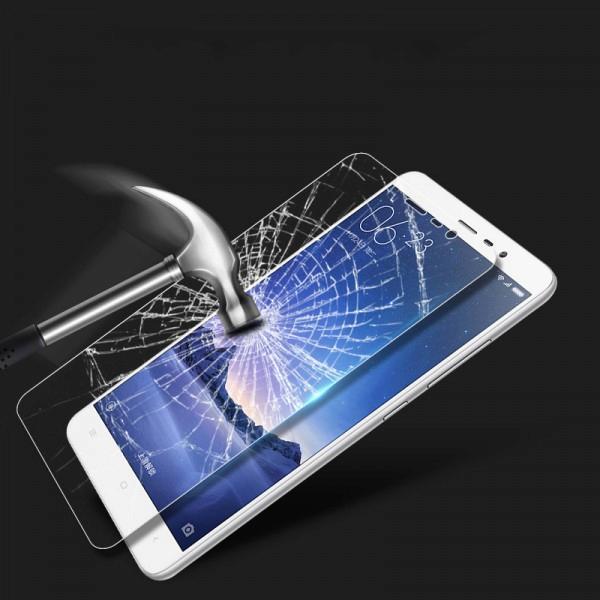 Tvrzené neboli temperované sklo ochrání obrazovku