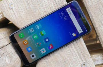 Xiaomi Redmi 5 Plus recenze: Za 5 tisíc není co řešit