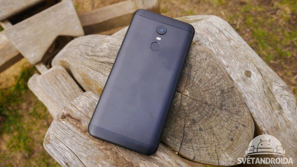 Xiaomi Redmi 5 Plus-recenze-konstrukce-zada