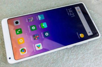 Xiaomi Mi Mix 2S v redakci: Minimální rámečky a duální fotoaparát na prvních fotografiích
