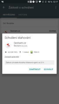 Google Family Link Dítě žádá o povolení k instalaci