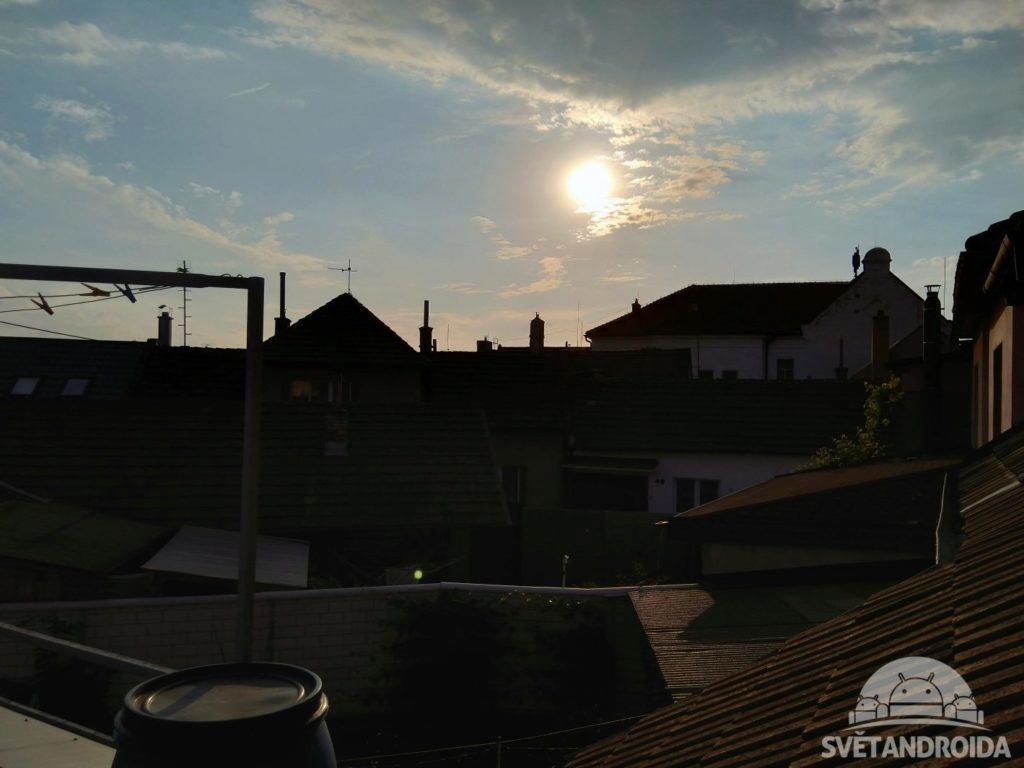Nokia 6.1 foto slunce