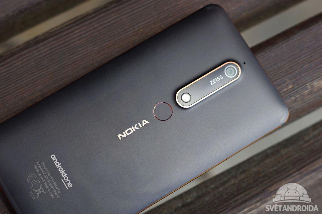 Nokia 6.1 zadní strana