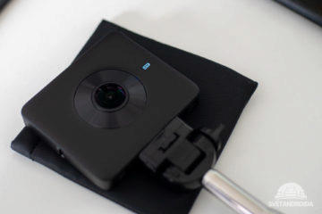 Xiaomi Mi Sphere Blikající modra indikační dioda - baterie je vybita