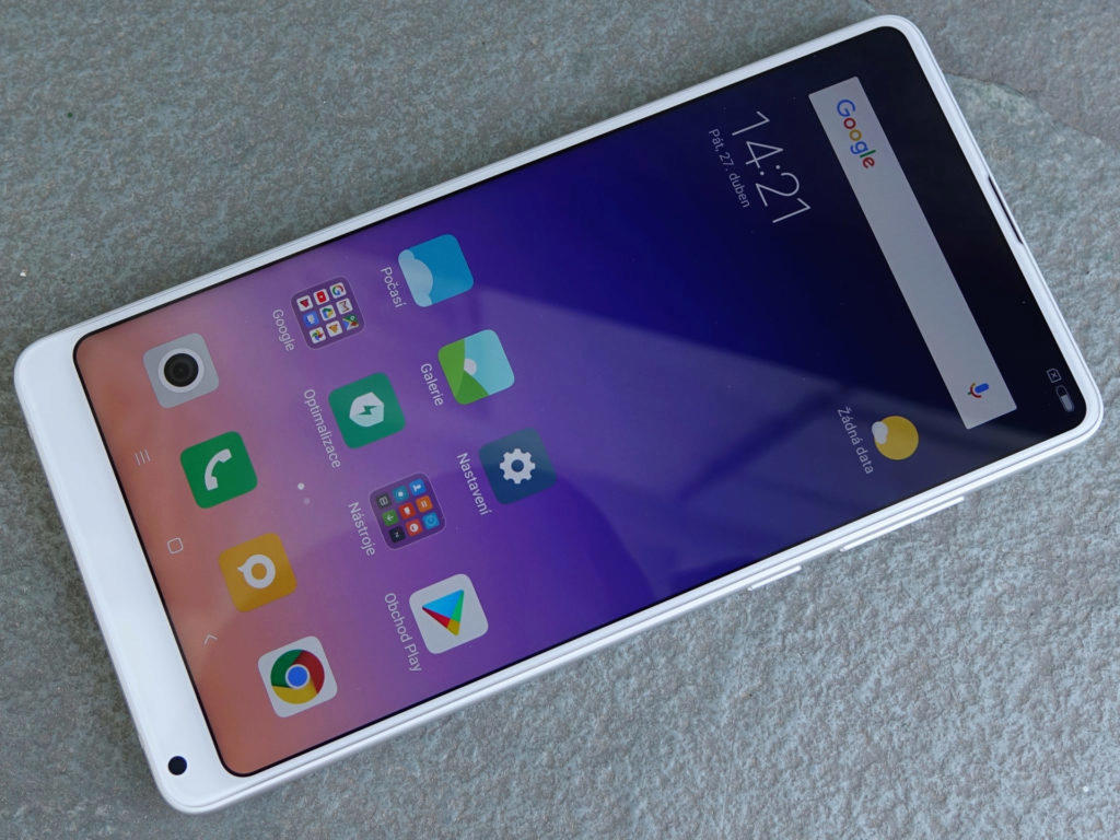 Displej telefonu Mi Mix 2S je velmi dobrý, nově podporuje HDR