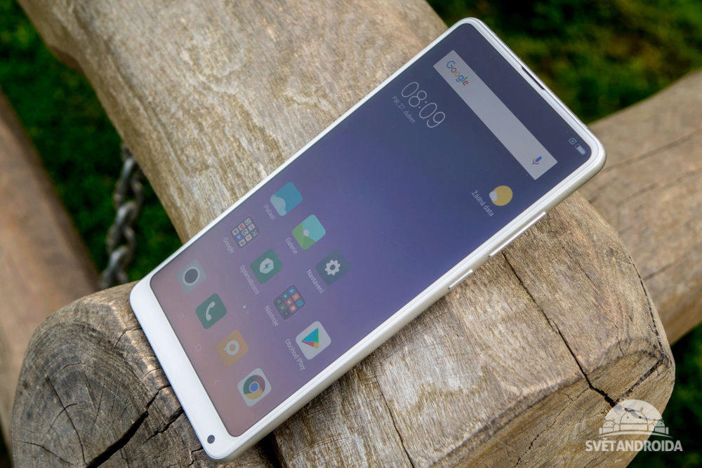 Displej telefonu Xiaomi Mi Mix 2S nemá výřez