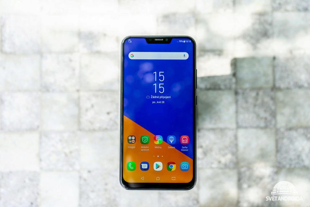 Asus Zenfone 5 displej