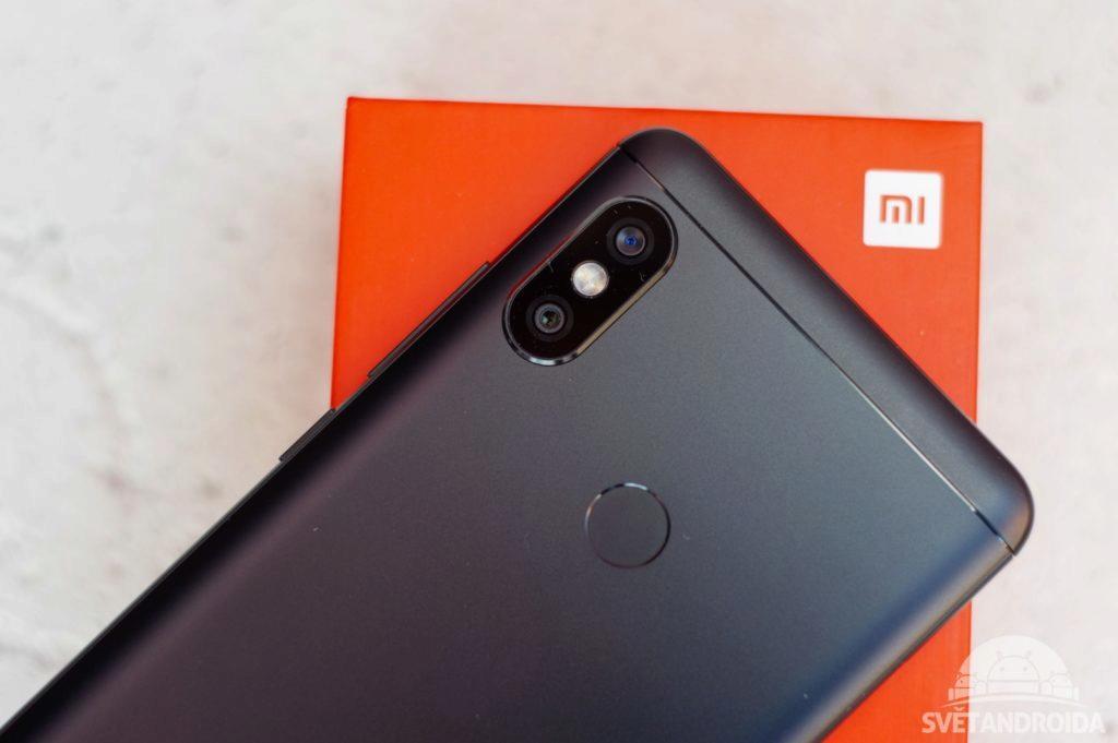 Xiaomi Redmi Note 5 záda 1