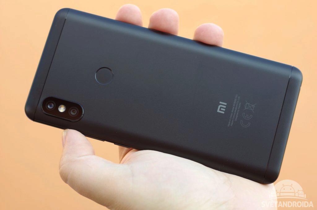 Xiaomi Redmi Note 5 záda 3