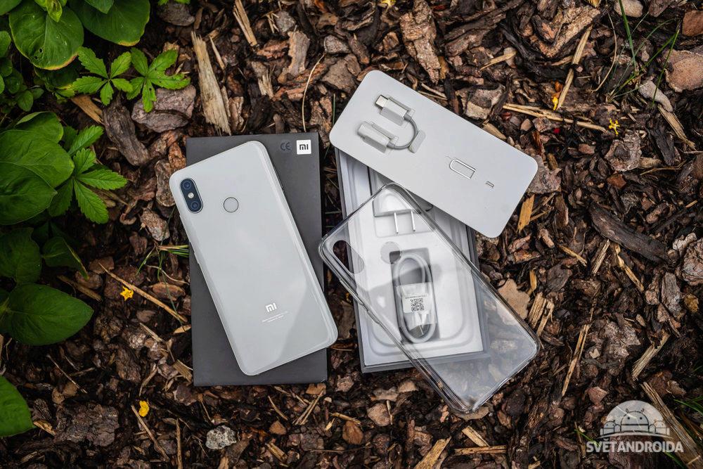 Xiaomi Mi 8 obsah baleni