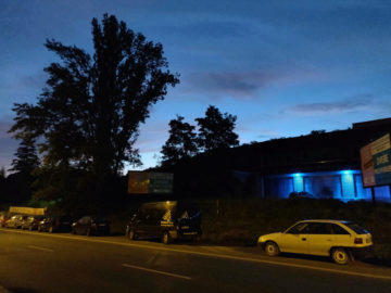 oneplus 6 nocni fotografie ulice