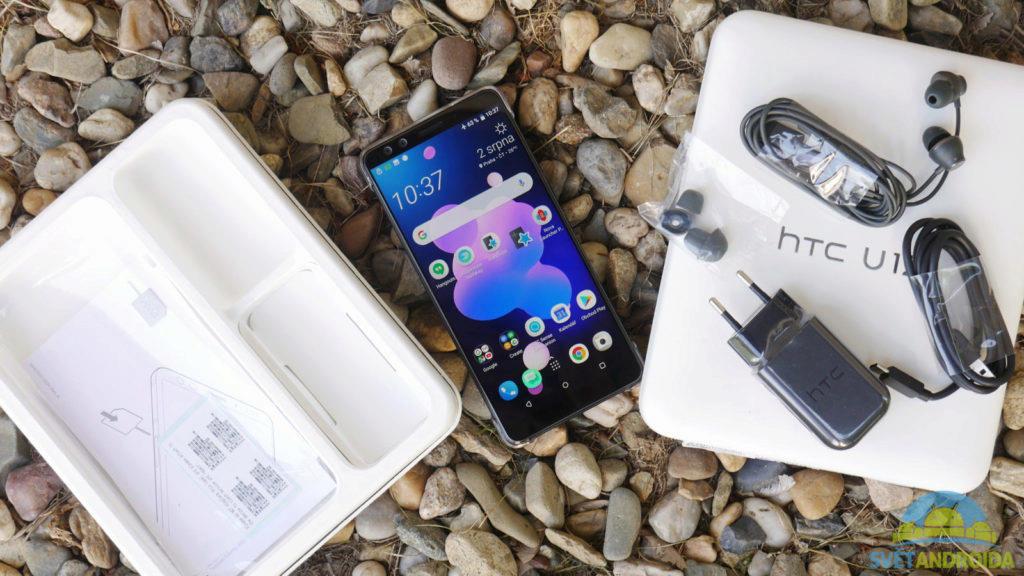 HTC U12+ obsah balení