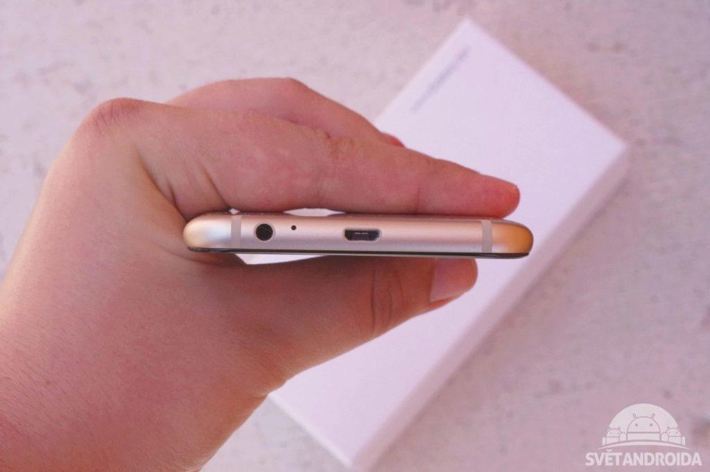 Samsung Galaxy A6+ microUSB