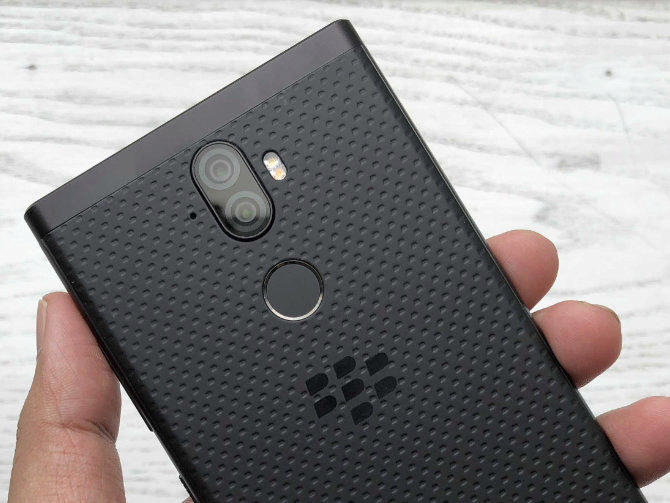 blackberry evolve predstaveni