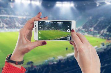 Kladem focení mobilem je softwarová výbava