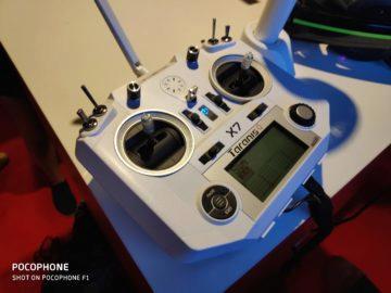 Pocophone F1 ovladac dron foto