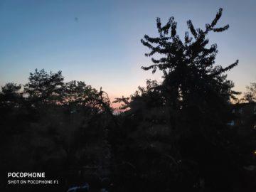 Pocophone F1 zapad slunce fotografie