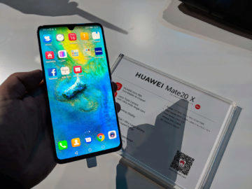 Huawei Mate 20 X displej