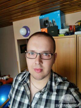 Foto z předního fotoaparátu