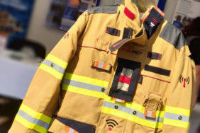 chytry oblek hasici
