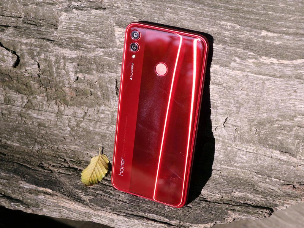 design telefonu honor 8x