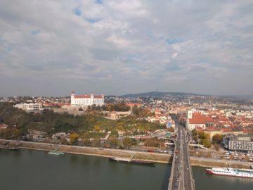 motorola one fotografie bratislava hrad