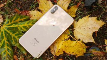 iPhone XS zadní strana