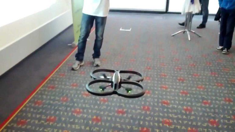 AR drone 2 - looping