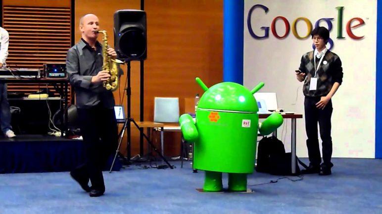 dancing Android Robot @ Google Developer Day 2010 @ Prague