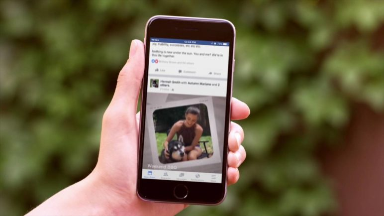 Facebook Slideshow creates mini-movies from photos and videos