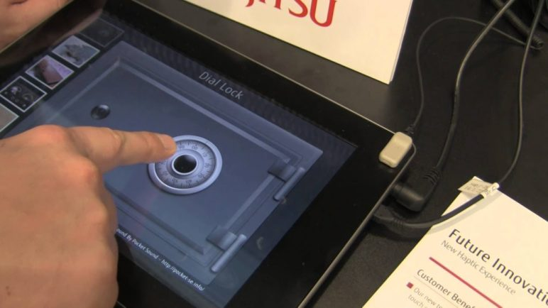 Fujitsu - prototyp displeje s hmatovou odezvou