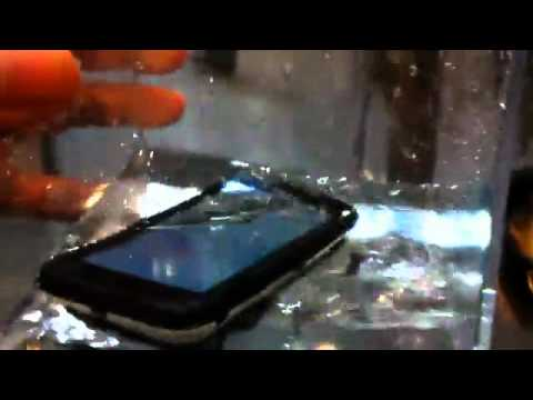 Motorola Defy defies water and lives happily ever after   VNSo1 Com