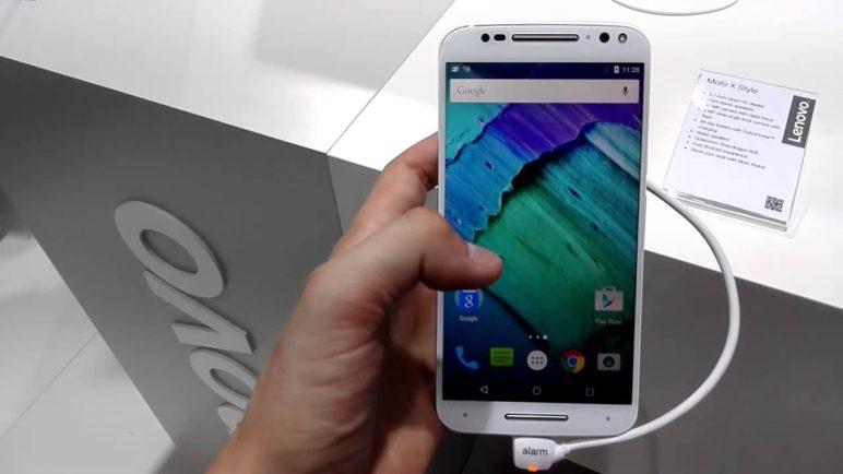Motorola Moto X Style první pohled (IFA 2015)