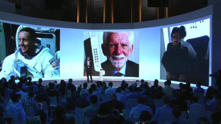 Motorola. On Display.