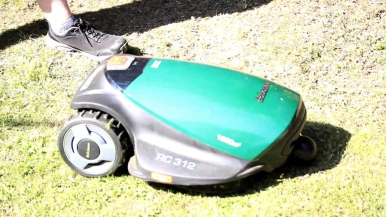 Robomow RC312 - Chytrá robotická sekačka