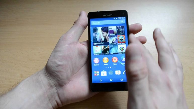 Sony Xperia Z3 Compact - první pohled