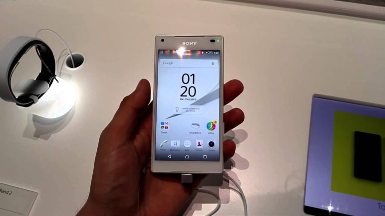 Sony Xperia Z5 Compact - první pohled (IFA 2015)