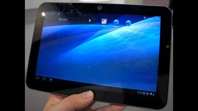Toshiba ExciteX10 Tablet Hands On - 1.2 GHz Dual-Core Tablet