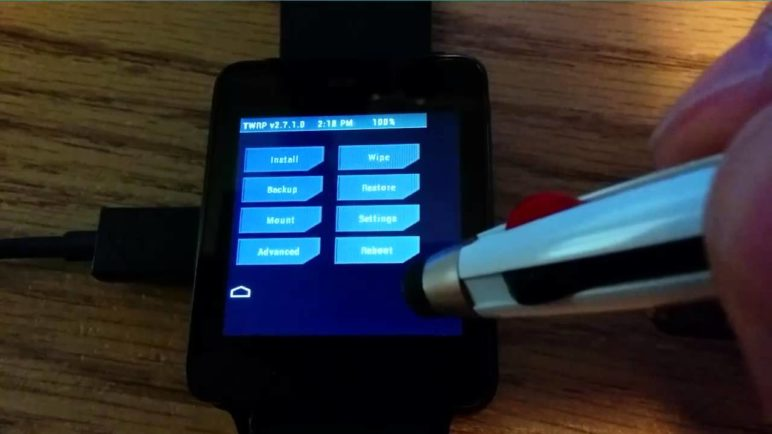 TWRP 2.7.1.0 on LG G Watch (dory)